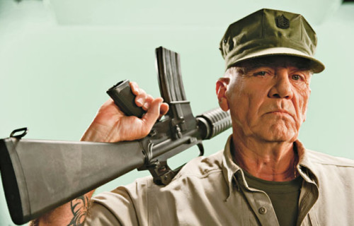 Lee Ermey as Loris Cazzaniga nella mia Zombie novel
